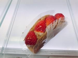 生チョコ苺のオムレット